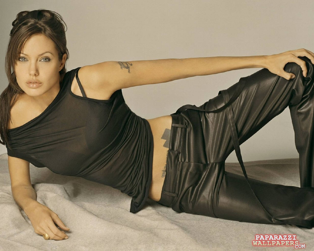 angelina jolie wallpapers 067