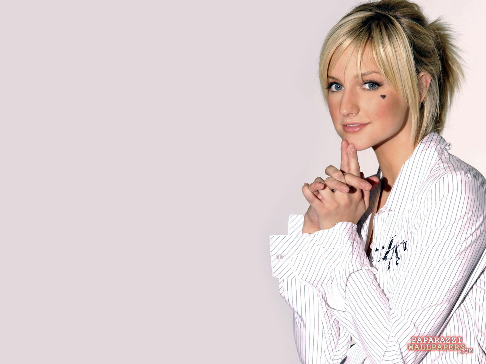 ashlee simpson wallpapers 06
